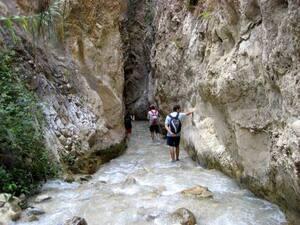 Route de la rivière Chillar