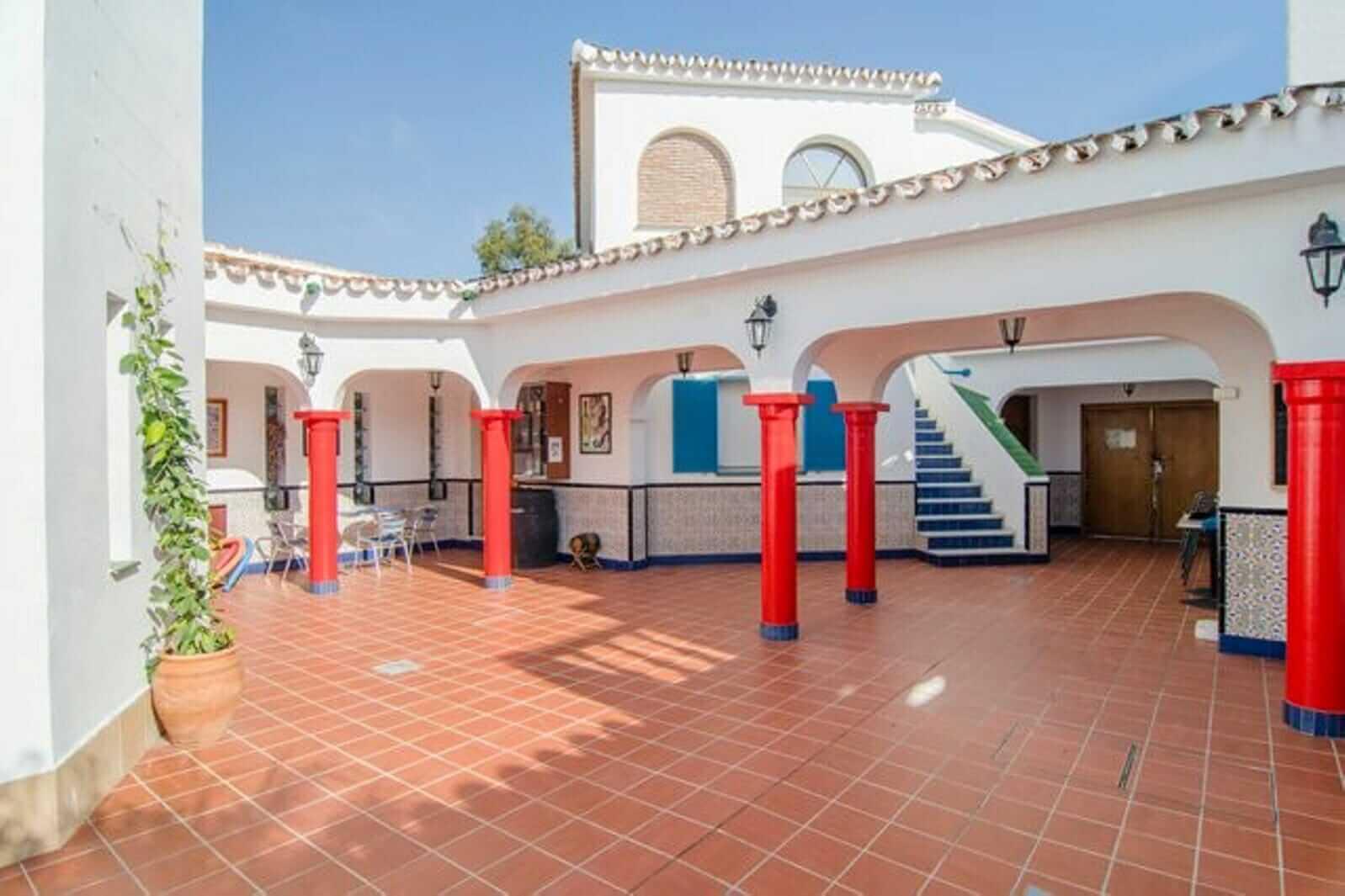 Apartamento Granada para 6 personas - CasaEnChilches.com