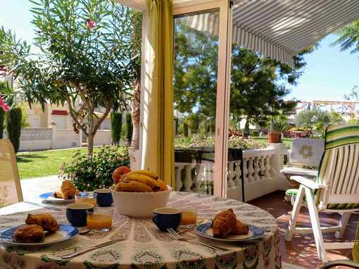 Pacific Apartment for 5 people, winter terrace, pool, BBQ in Torrox